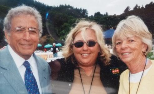 Sandy Shore with Tony Bennett and her mom Patt 2000